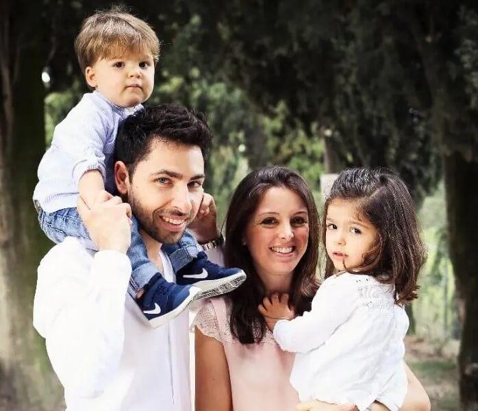 Claudia con la famiglia